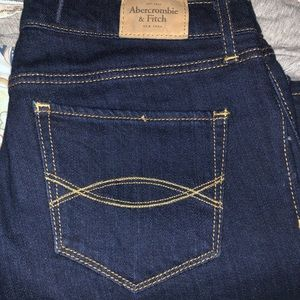 A&F size 28 Perfect Stretch Jeans NWT